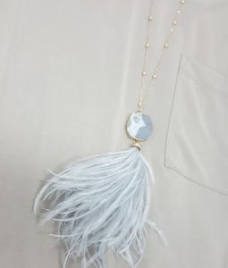 Stoned Necklace with Feather detail